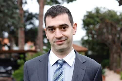 Carlos Villanueva socio AOB Auditores