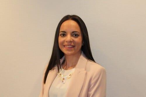 Asun Perona auditora junior - AOB Auditores
