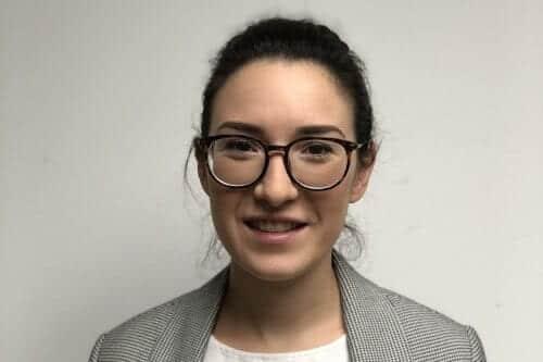 Marta García auditora junior - AOB Auditores